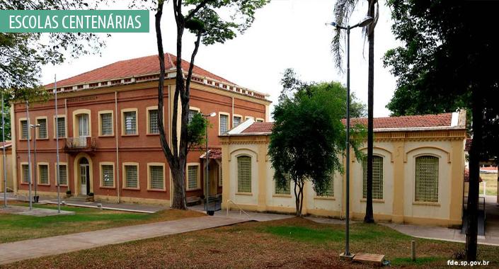 http://arquivo.fde.sp.gov.br/fde.portal/PermanentFile/Image/Escolas Centenárias - EE Culto à Ciência - site 1.jpg